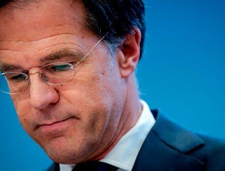 دولت هلند ساعت 1 بعد از ظهر بعد از جنگ جهانی دوم را در میان بیماری همه گیر COVID-19 ارائه می دهد