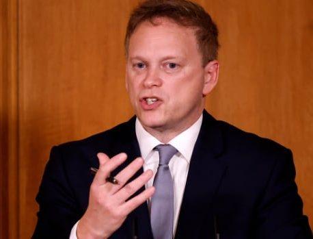 وزیر حمل و نقل انگلیس می گوید ، ممنوعیت سفر به دلیل نسخه برزیلی با یک اقدام احتیاطی
