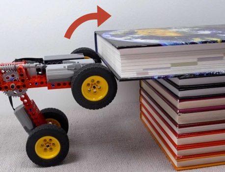 بنابراین یک ماشین کوچک لگو بر همه موانع غلبه می کند