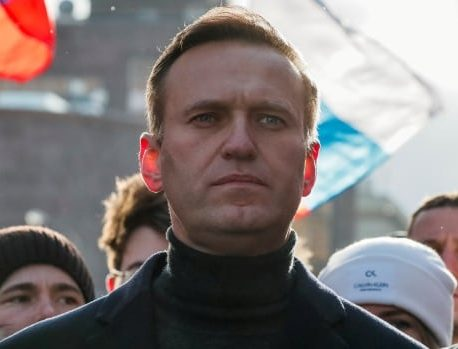 الکسی ناوالنی منتقد کرملین می گوید او روز یکشنبه به روسیه برمی گردد